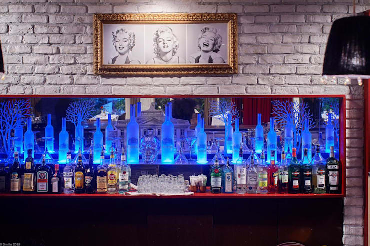 Viadurini furnishes the prestigious Pacific Restaurant Bar Lounge in Montecarlo:  Artwork by Viadurini.co.uk