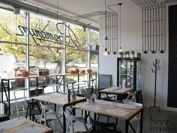 Rozmaryn - Pracownia Dobrych Smaków: styl , w kategorii Gastronomia zaprojektowany przez studio projektowe KODA design Dawid Kotuła