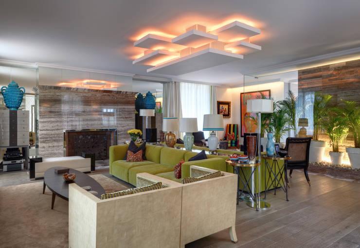 Timeless with a twist: Salas de estar  por Viterbo Interior design
