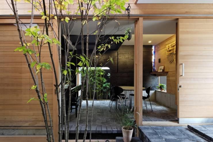 三条のアトリエ: 長瀬信博建築研究所が手掛けたです。