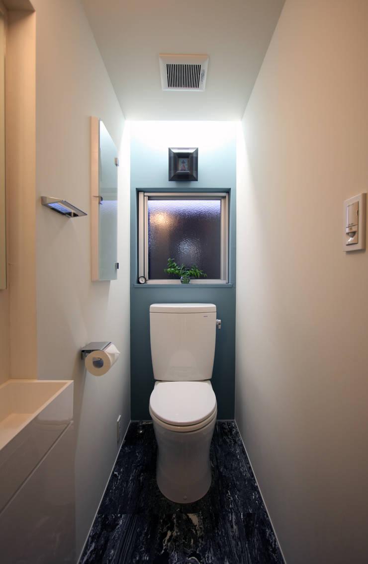 N-SOHO: 有限会社トレック建築設計室 一級建築士事務所が手掛けた浴室です。,