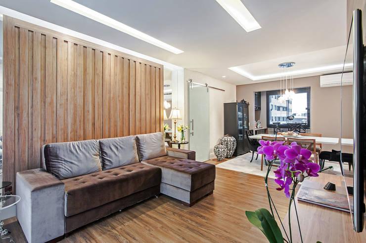 Apartamento 601: Salas de estar  por Patrícia Azoni Arquitetura + Arte & Design