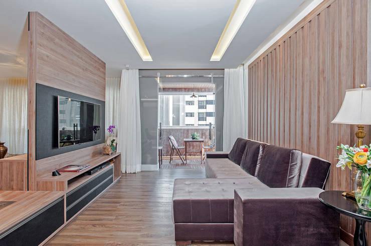 Apartamento 601: Terraços  por Patrícia Azoni Arquitetura + Arte & Design
