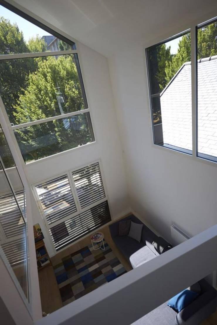 deux loft extension par phenome architectures homify. Black Bedroom Furniture Sets. Home Design Ideas