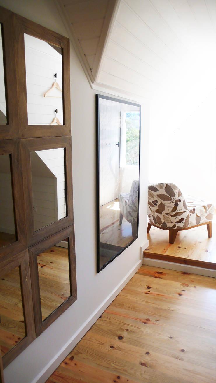 Casa no Gerês: Quartos  por LOFTAPM II DESIGN DEC INTERIORES LDA