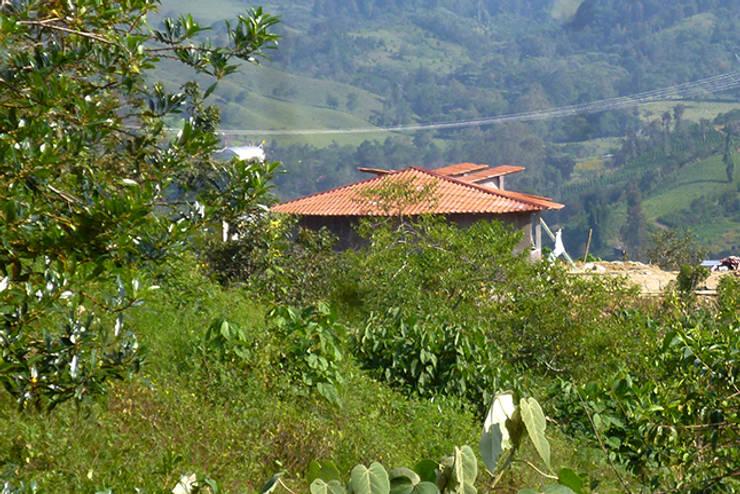 Centro de Producción de orgánicos Chilsec: Casas de estilo  por Komoni Arquitectos