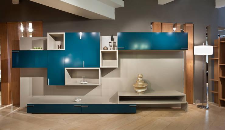 Wall Unit -Mitho: Livings de estilo  por Michael Thonet,