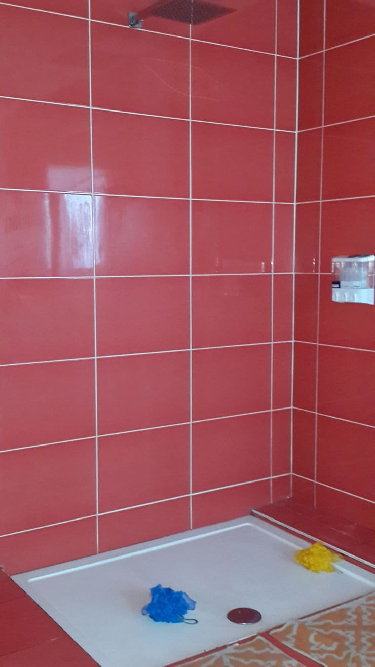 Ванные комнаты в . Автор – Arquitectos Building M&CC - (Marcelo Rueda, Claudio Castiglia y Claudia Rueda)
