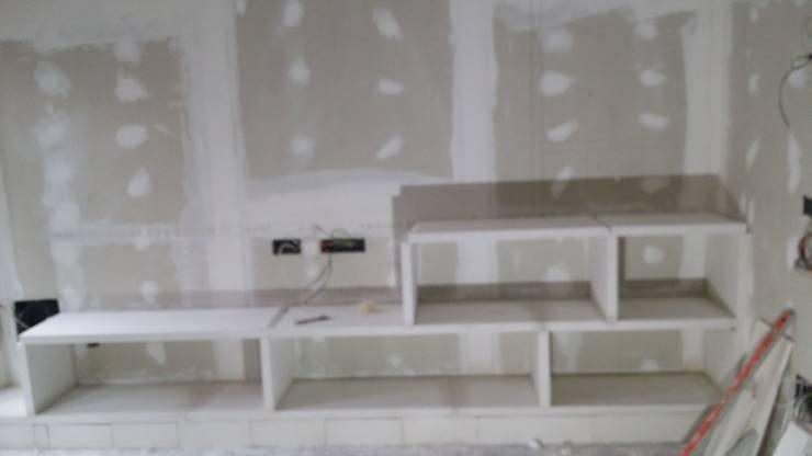 Mueble En Salon Con Estanterias De Escayola De Escayolas Colunga - Mueble-escayola