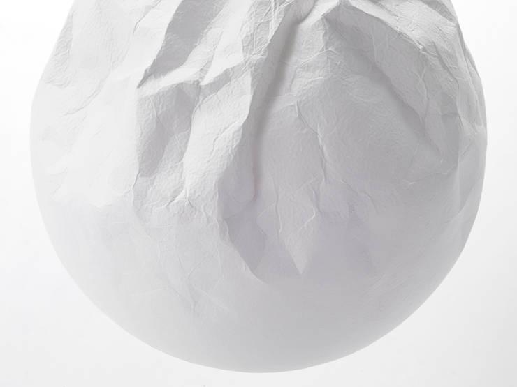 semi-wrinkle washi: 谷口・青谷和紙株式会社が手掛けた多目的室です。
