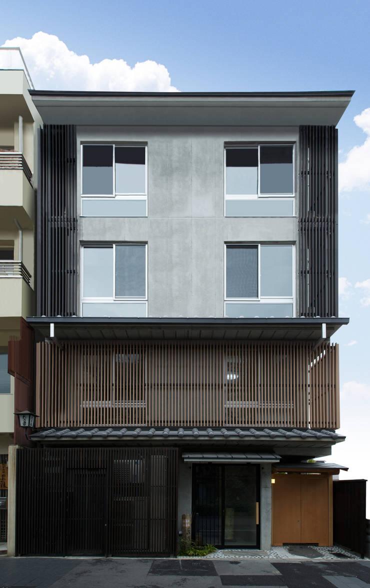 外観正面: 株式会社 岡﨑建築設計室が手掛けた家です。