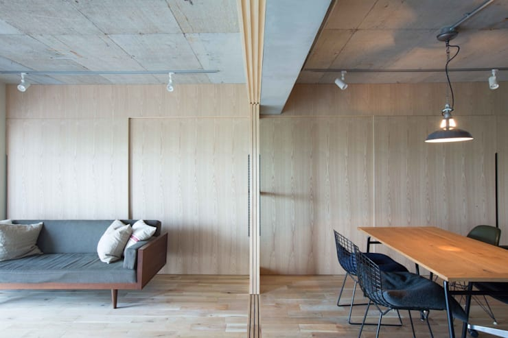 MSSH: <DISPENSER>architects 小野修 一級建築士事務所が手掛けたリビングです。,