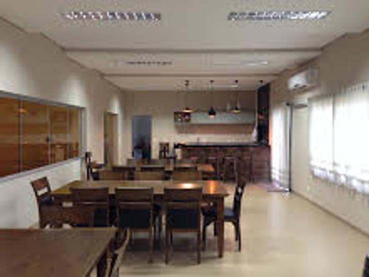 projeto: Salas de jantar  por Simone Duch Arquitetura