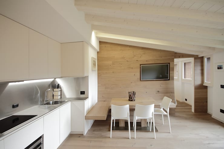 modern Dining room by luigi bello architetto