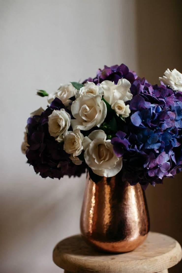 Bunch of flowers: Hogar de estilo  por Bunch of Flowers