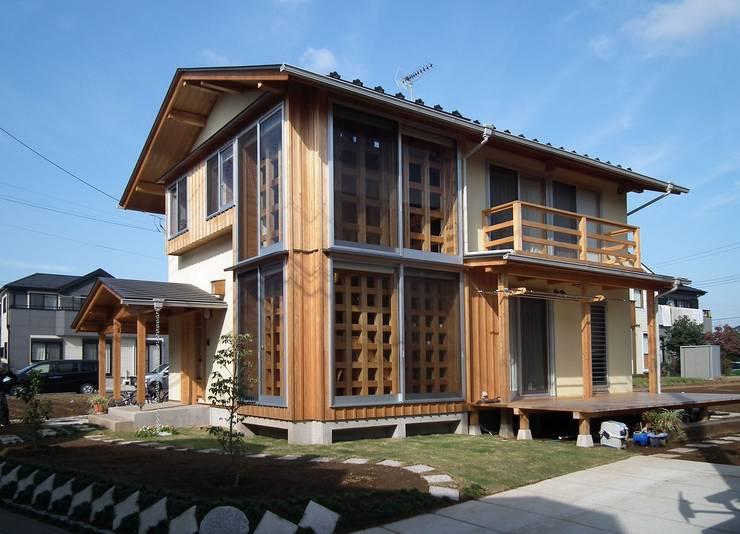 光格子の家 モダンな 家 の 木の家づくりを応援する木住研 モダン