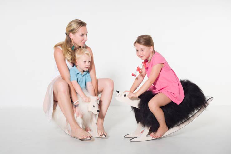 Rocking Zoo:  Kinderzimmer von IvyDesign