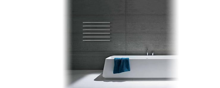 MTUBE: Casa de banho  por Foursteel