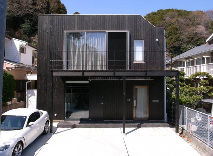 山の根の住宅: アーキグラフデザインが手掛けた家です。