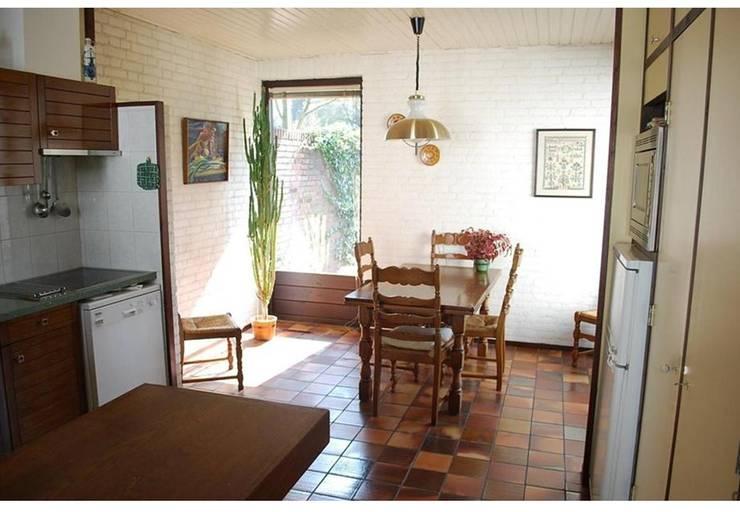 keuken voor restyle:   door Duoplan Doetinchem Architecten