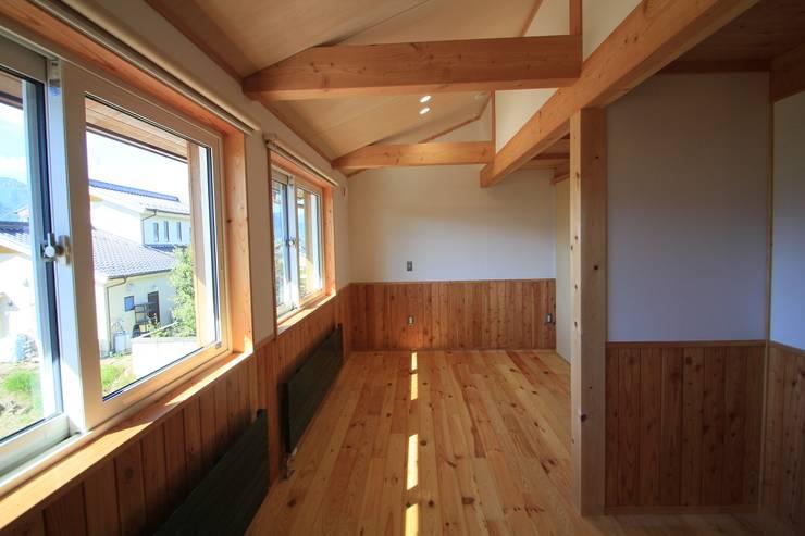 Nanhouse: (有)ガンバ建築設計が手掛けた子供部屋です。,