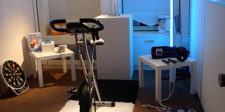 moderner Fitnessraum von REGH'S