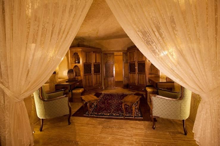 Salas / recibidores de estilo  por Kayakapi Premium Caves - Cappadocia