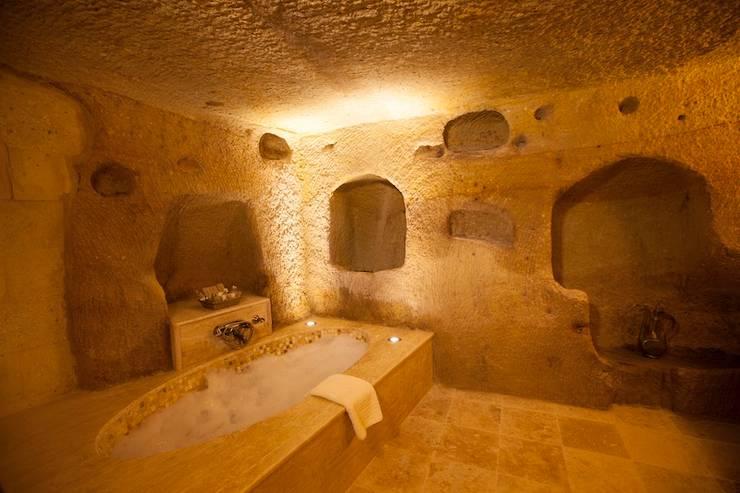 Kayakapi Premium Caves - Cappadocia – Muhittin Toker evi Öncesi ve Sonrası: rustik tarz tarz Banyo