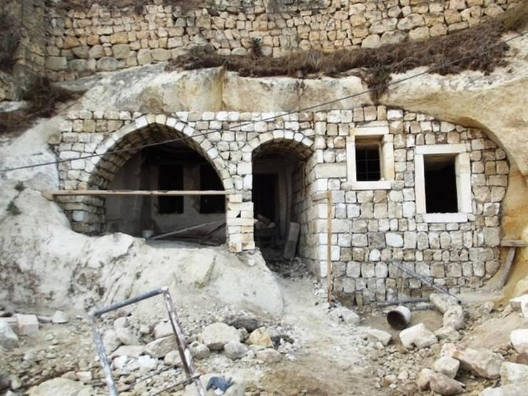 Kayakapi Premium Caves - Cappadocia – Kunduracı Mehmet evi Öncesi ve Sonrası:  tarz Evler