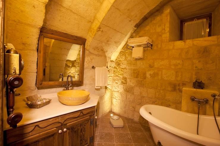 Kayakapi Premium Caves - Cappadocia – Kuşçular Konağı Öncesi Ve Sonrası:  tarz Banyo