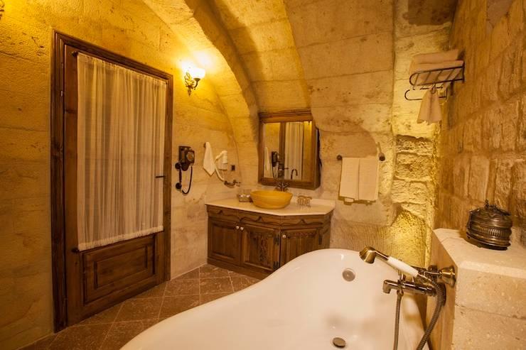 Ванные комнаты в . Автор – Kayakapi Premium Caves - Cappadocia