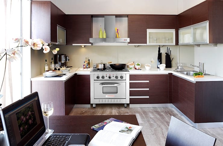 Cocina semi industrial Patagon Chef W30 estilo moderno:  de estilo industrial por Patagon Chef,Industrial Metal