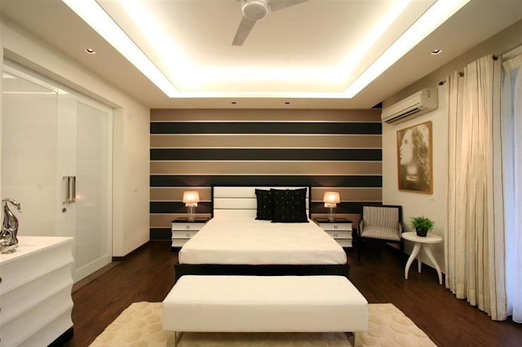 Apartment:  Bedroom by Saloni Design