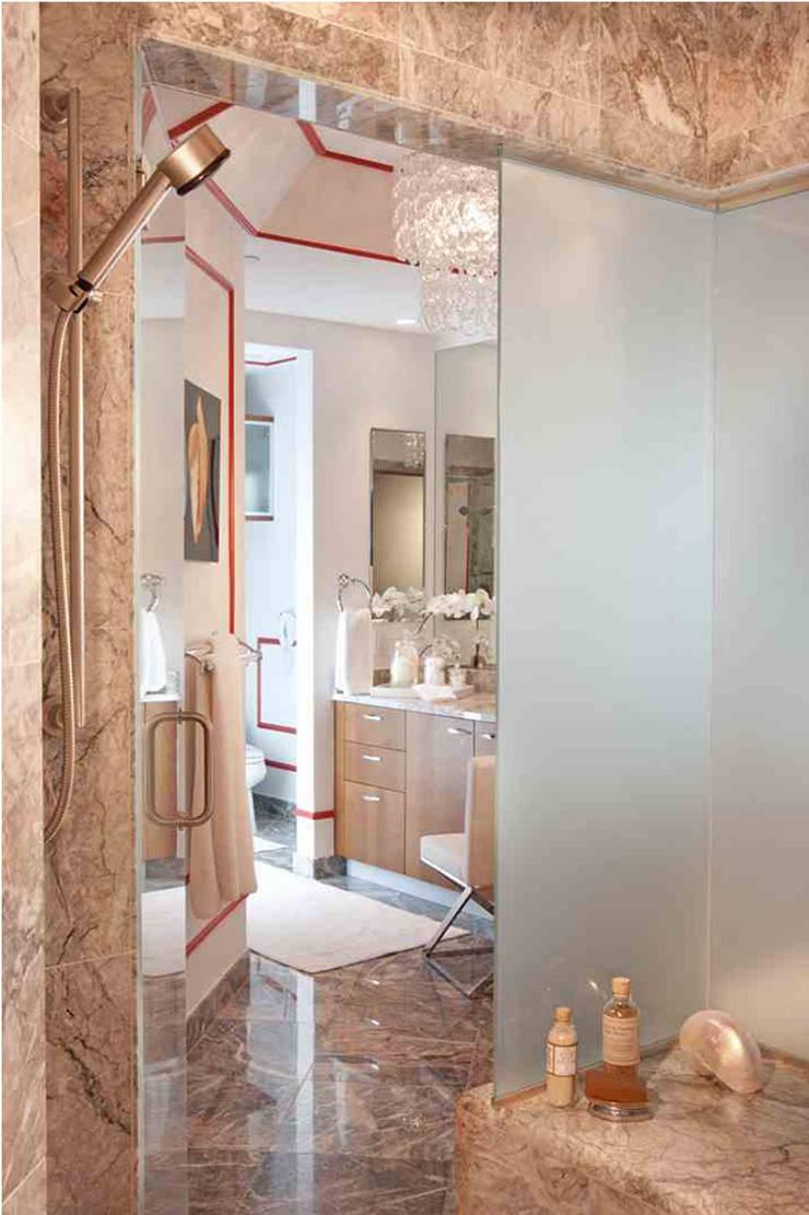Apartment:  Bathroom by Saloni Design