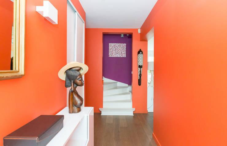 Katia Rocchia Home Designer의  복도 & 현관