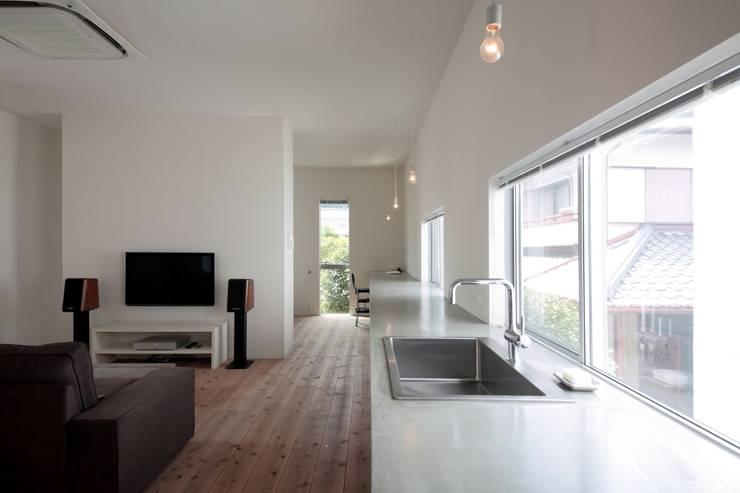 京都南の家: 花屋設計部が手掛けたキッチンです。,