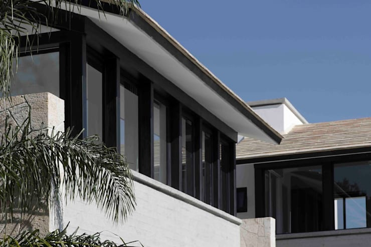Casa Ixtapan de la Sal- Boué Arquitectos: Casas de estilo  por Boué Arquitectos