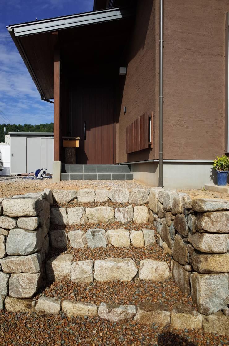 揖斐・南方の和良石石積み: 揖斐川庭石センターが手掛けたです。,