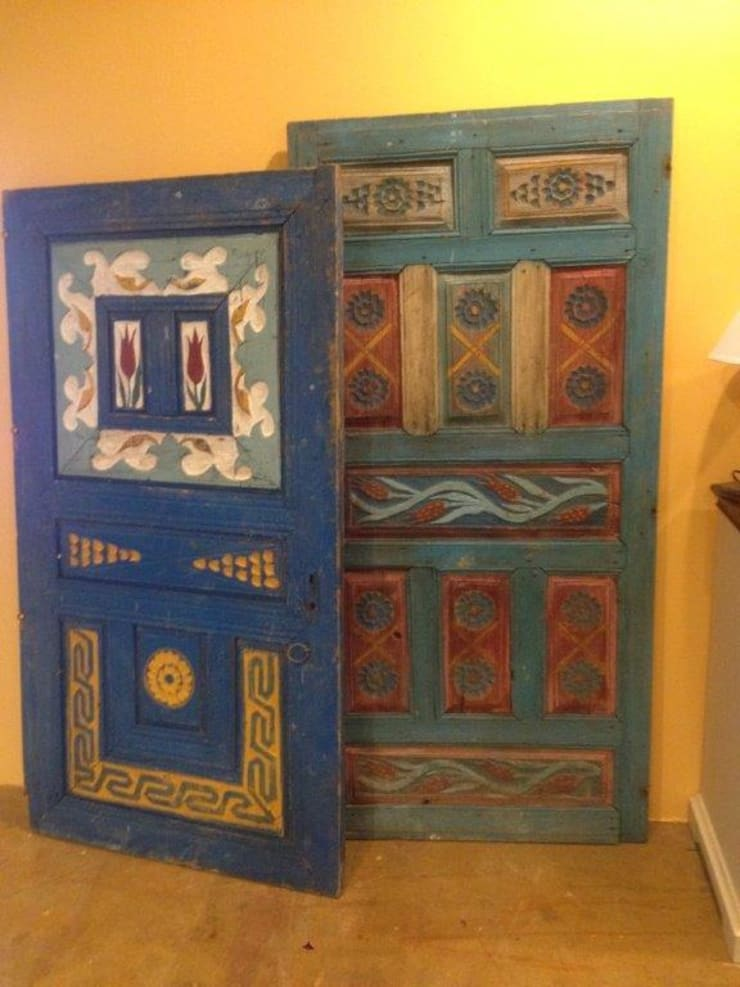 Gür Mobilya – Country dekoratif kapı:  tarz , Kırsal/Country Masif Ahşap Rengarenk