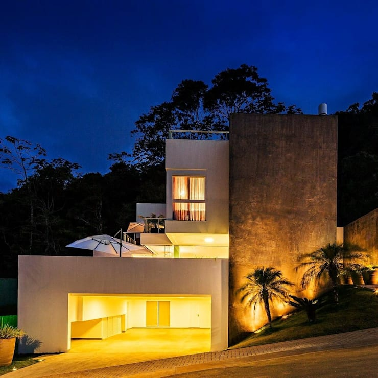 Ocean House 62: Casas  por Espezim Biazzetto Arquitetura,