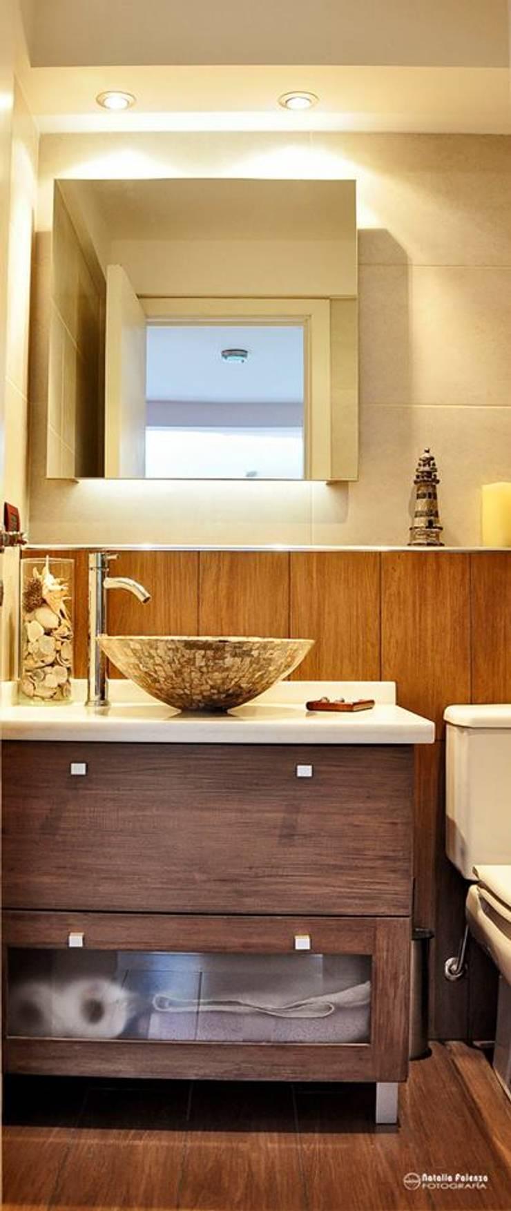 Remodelación Vivienda Baño: Baños de estilo  por info8385
