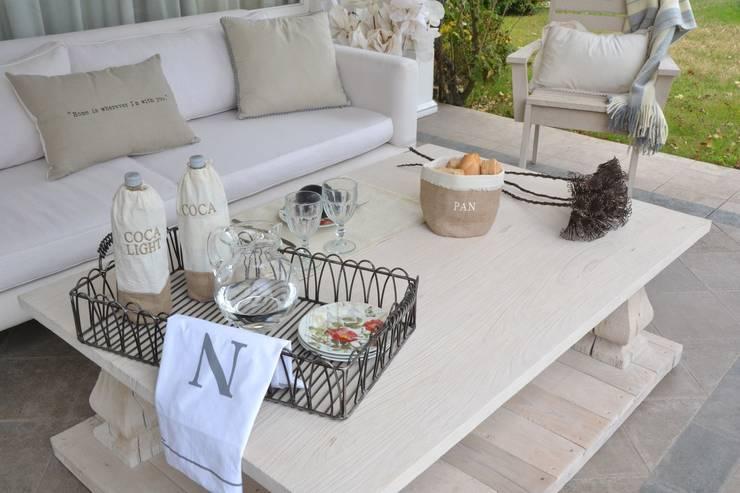 Balconies, verandas & terraces  by NAT LA TIENDA