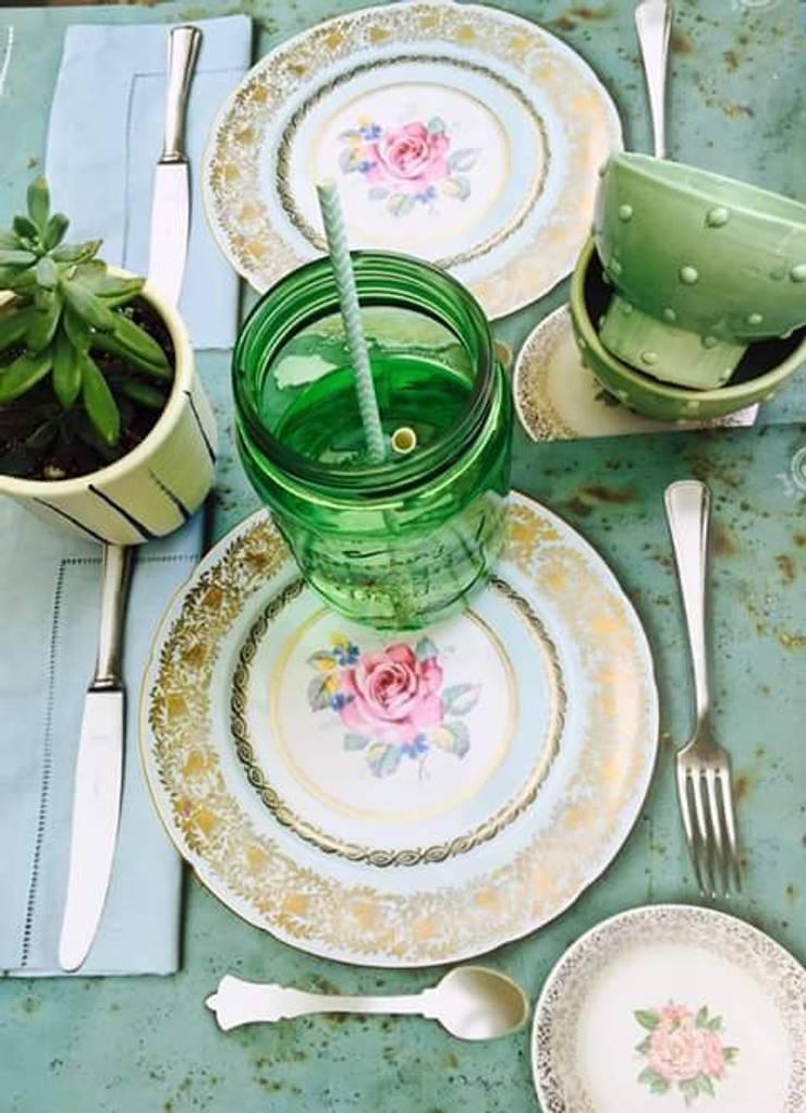 Decoracion para el hogar: Comedores de estilo  por Manarola Objetos Vintage,