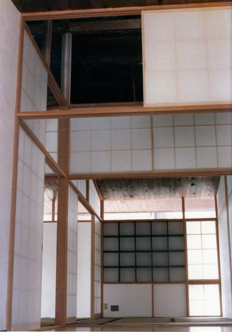 施行事例3: 株式会社 北川原環境建築設計事務所が手掛けた廊下 & 玄関です。,