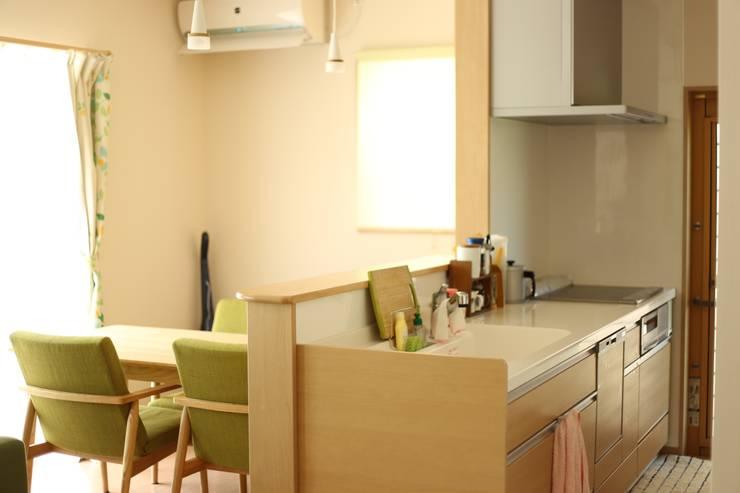 施工事例1: h-takeshiが手掛けたキッチンです。