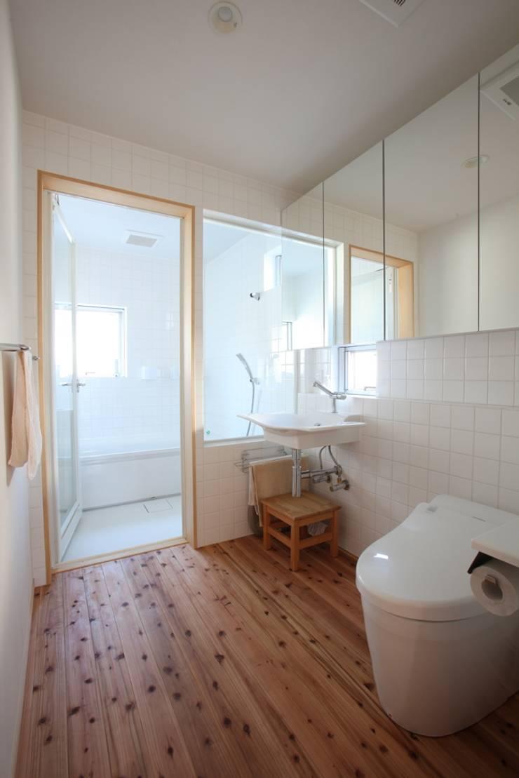 洗面浴室 の スタジオエイチ / studio eichi