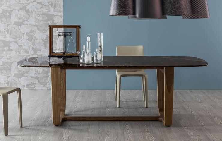 Medley - design Alessandro Busana - Bonaldo: Sala da pranzo in stile in stile Moderno di Alessandro Busana Designstudio
