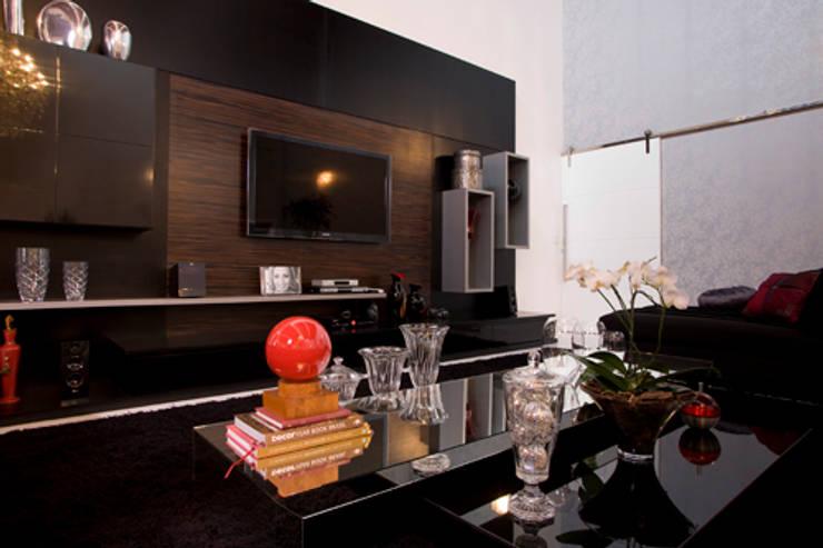 Casa em Vinhedo Condominio São Joaquim Salas de jantar modernas por Sandra Sanches Arq e Design de Interiores Moderno