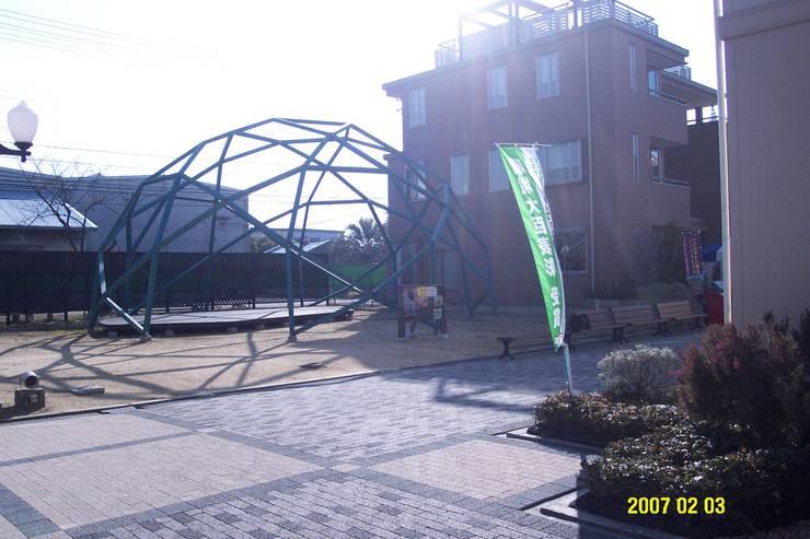 木のジオデシックドーム: 木造トラス研究所・株式会社 合掌が手掛けた家です。