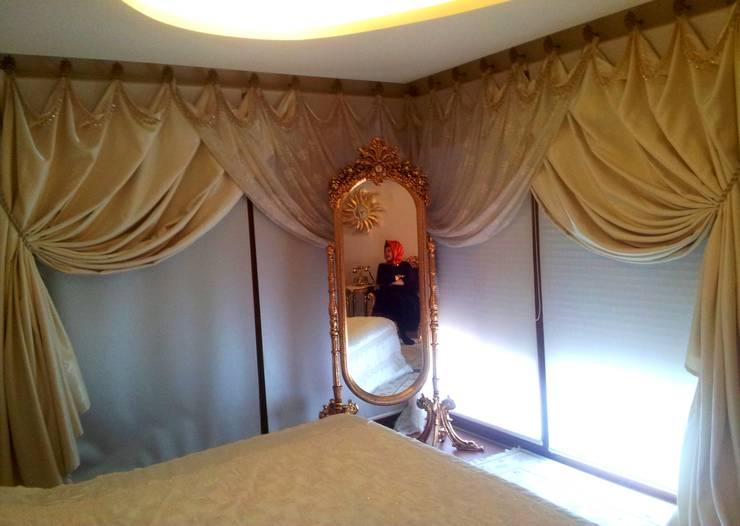 Mimar Melike Topal  – E&M Işık Evi_Alanya: klasik tarz tarz Yatak Odası
